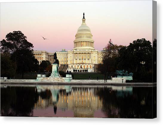 United States Capitol Washington Dc Canvas Print