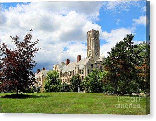 University Of Toledo Canvas Print - University Hall University Of Toledo 1593 by Jack Schultz