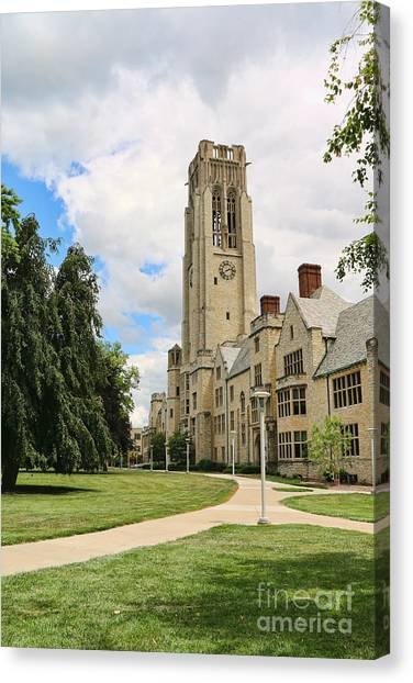 University Of Toledo Canvas Print - University Hall University Of Toledo 1612 by Jack Schultz