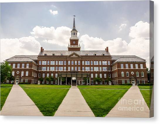 University Of Cincinnati Canvas Print - University Of Cincinnati Mcmicken College Hall by Paul Velgos