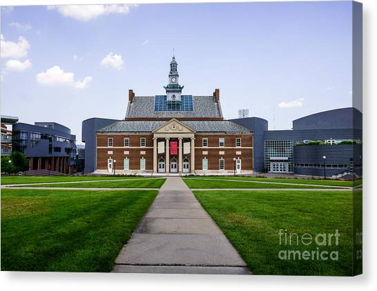 University Of Cincinnati Canvas Print - University Of Cincinnati Tangeman University Center  by Paul Velgos
