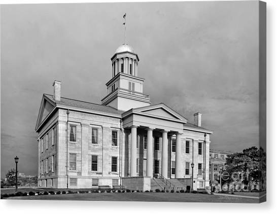 University Of Iowa Canvas Print - University Of Iowa Old Capital On The Pentacrest by University Icons