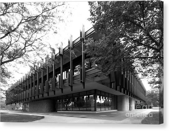 University Of Wisconsin - Madison Canvas Print - University Of Wisconsin Green Bay Rose Hall by University Icons