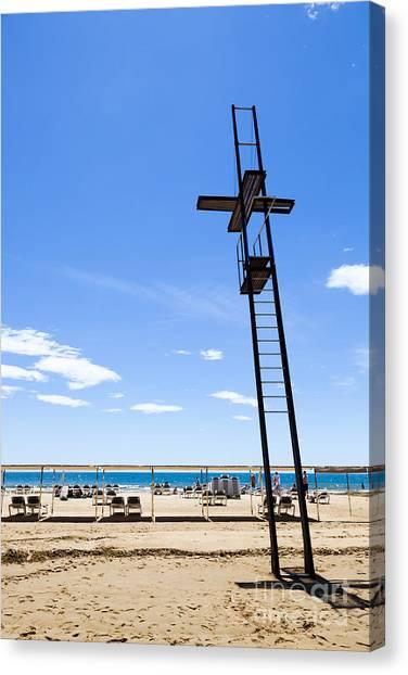 Unoccupied Lifeguard Platform On  The Beach  Canvas Print