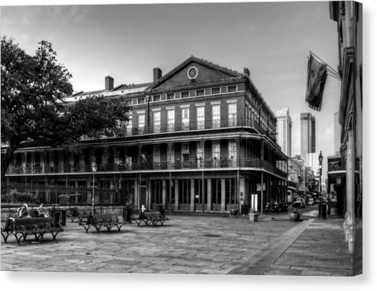 Upper Pontalba Building In Black And White Canvas Print