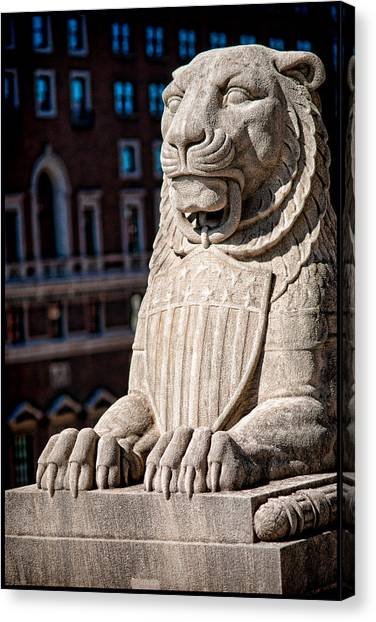 Canvas Print featuring the photograph Urban King by Kristi Swift