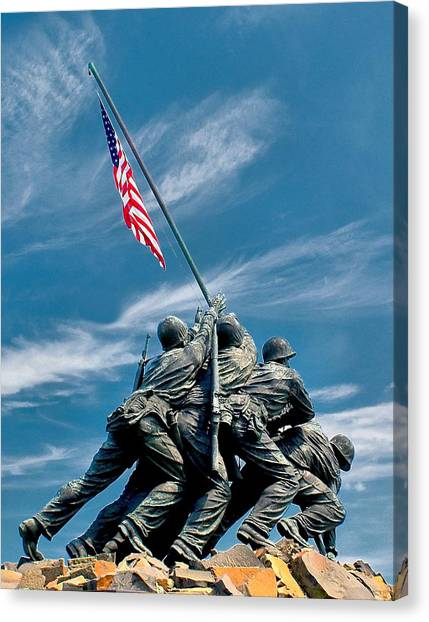 Us Marine Corps War Memorial Canvas Print