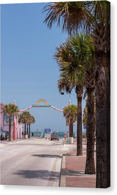 Flagler Beach Canvas Print - Usa, Florida, New Smyrna Beach, Flagler by Lisa S. Engelbrecht