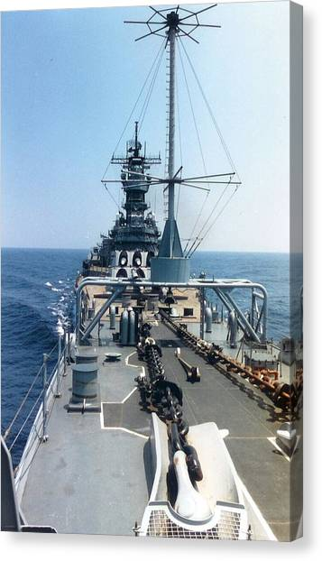 Uss Iowa At Sea Canvas Print
