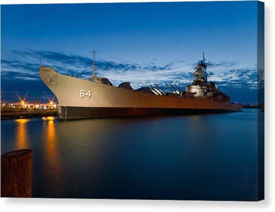 Uss Wisconsin At Sunset Canvas Print