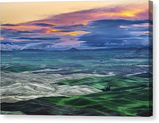 Velvet Sunrise Canvas Print