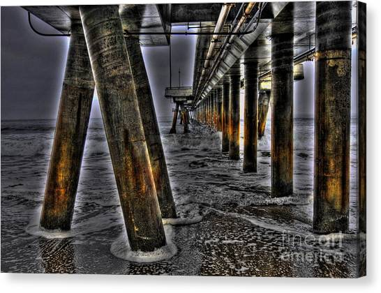 Venice Pier Darkly Canvas Print