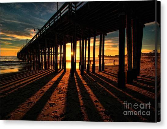 Ventura Pier At Sunset Canvas Print