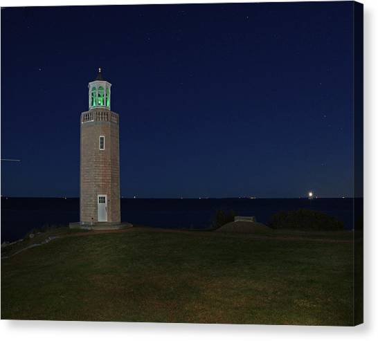 University Of Connecticut Canvas Print - very Point 0005 by Jeff Stallard