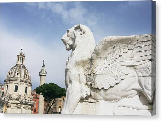 Victor-emmanuel II Statue With Trajan Canvas Print