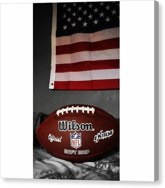 Touchdown Canvas Print - Victory Is For Those Who Fight. If You by Oscar Chueco