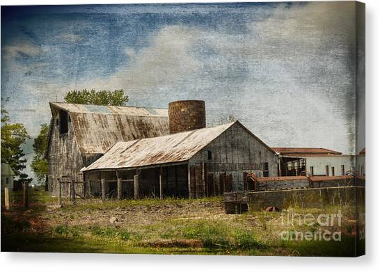 Barn -vintage Barn With Brick Silo - Luther Fine Art Canvas Print