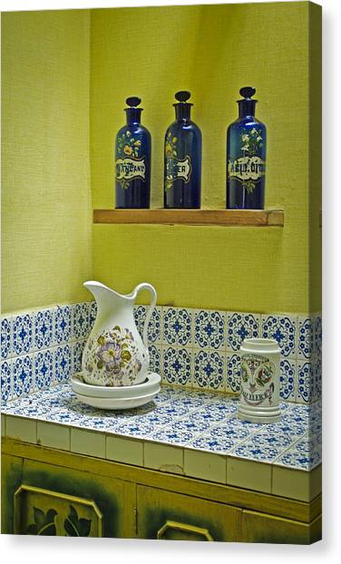 Vintage Bathroom Canvas Print