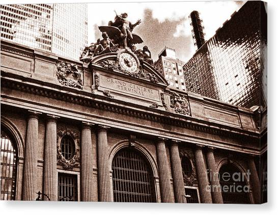 Vintage Grand Central Terminal Canvas Print by John Rizzuto