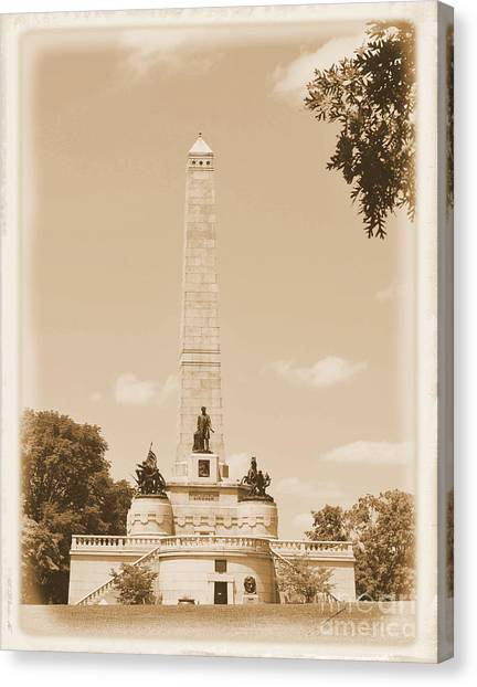 Vintage Lincoln's Tomb Canvas Print