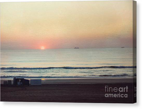 Virginia Beach Sunrise Canvas Print