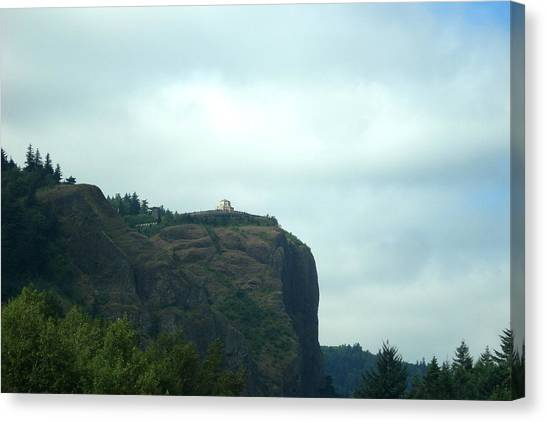 Vista House At Crown Point Promontory Canvas Print by Lizbeth Bostrom