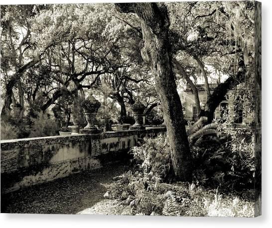 Vizcaya Garden Courtyard Canvas Print