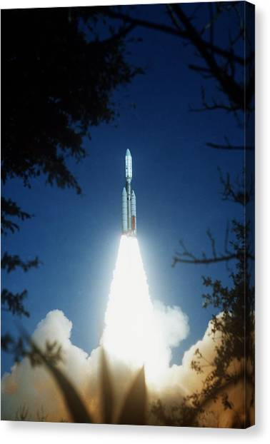 Centaurs Canvas Print - Voyager 2 Launch by Nasa/science Photo Library