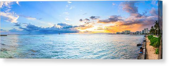 Waikiki Sunset After An Afternoon Thunderstorm Canvas Print