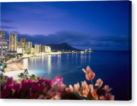 Hawaii Canvas Print - Waikiki Twilight by Tomas del Amo - Printscapes