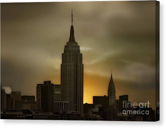 City Sunrises Canvas Print - Wake Up New York by Tom York Images