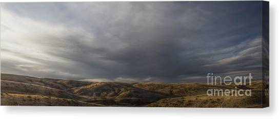 Waning Light On The Hills Of South Dakota Canvas Print