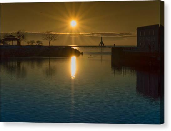 Warming Sun Canvas Print