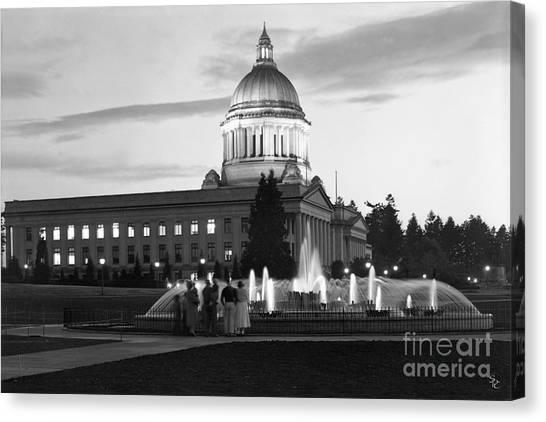 Washington State Capitol And Tivoli Fountain At Dusk 1950 Canvas Print