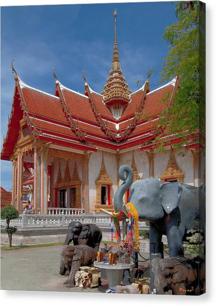 Wat Chalong Wiharn And Elephant Tribute Dthp045 Canvas Print
