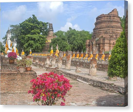 Wat Phra Chao Phya-thai Buddha Images And Ruined Chedi Dtha004 Canvas Print