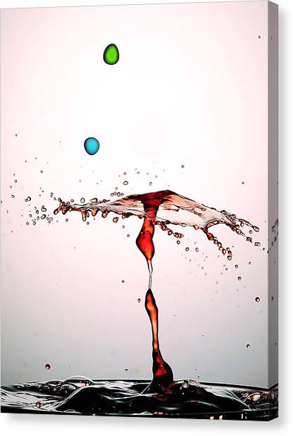 Water Droplets Collision Liquid Art 11 Canvas Print