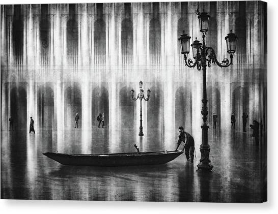 Palace Canvas Print - Watertaxi by Roswitha Schleicher-schwarz