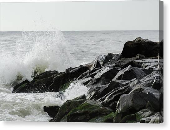 Wave On Rocks Canvas Print