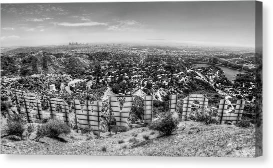 Welcome To Hollywood - Bw Canvas Print