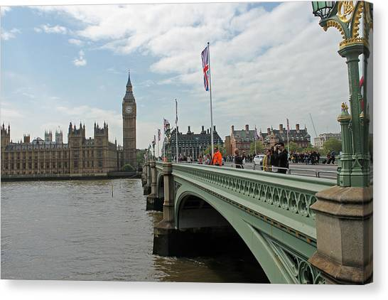Westminster Bridge Canvas Print