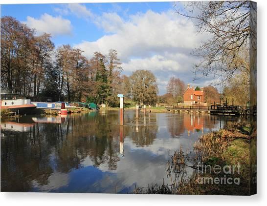 Wey Canal Surrey England Uk Canvas Print