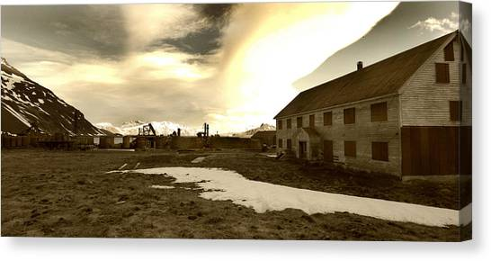 Antarctic Desert Canvas Print - Whalers Quarters by Amanda Stadther