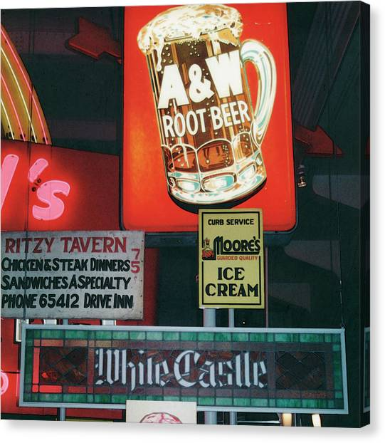 White Castle A And W Canvas Print