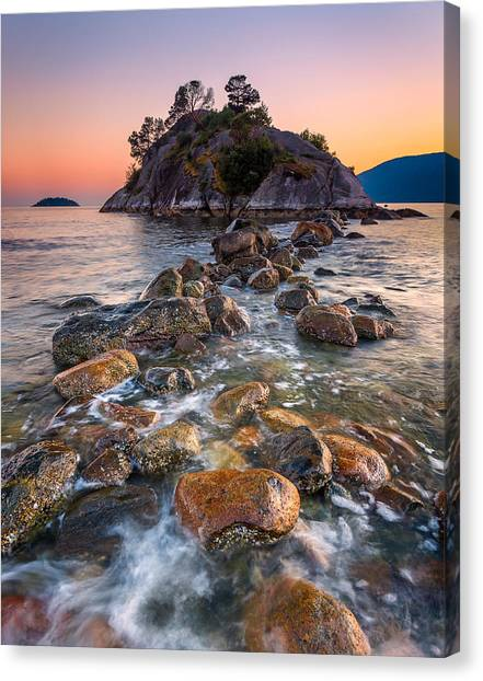 Whyte Islet Canvas Print