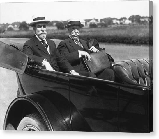 1916 Canvas Print - Willam Taft And Charles Hughes by Underwood Archives