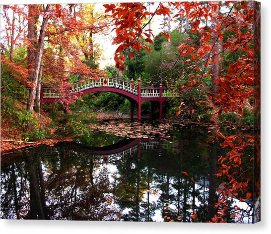 William And Mary College  Crim Dell Bridge Canvas Print