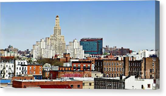 Williamsburg Savings Bank In Downtown Brooklyn Ny Canvas Print