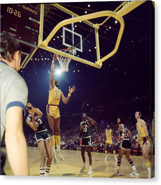 Milwaukee Bucks Canvas Print - Wilt Chamberlain Dunks by Retro Images Archive