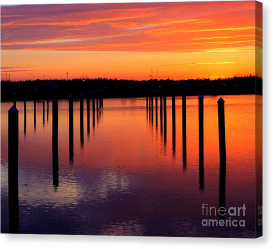 Winchester Bay Sunset Canvas Print